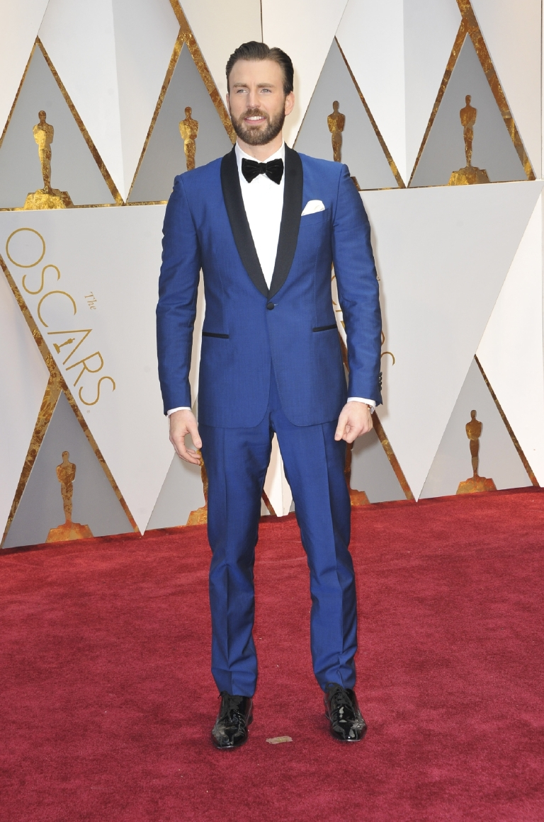 Chris knows what works for him and he works it red carpet after red carpet, so expect to see plenty more where this  cobalt tux came from! (Image: Apega/WENN.com)