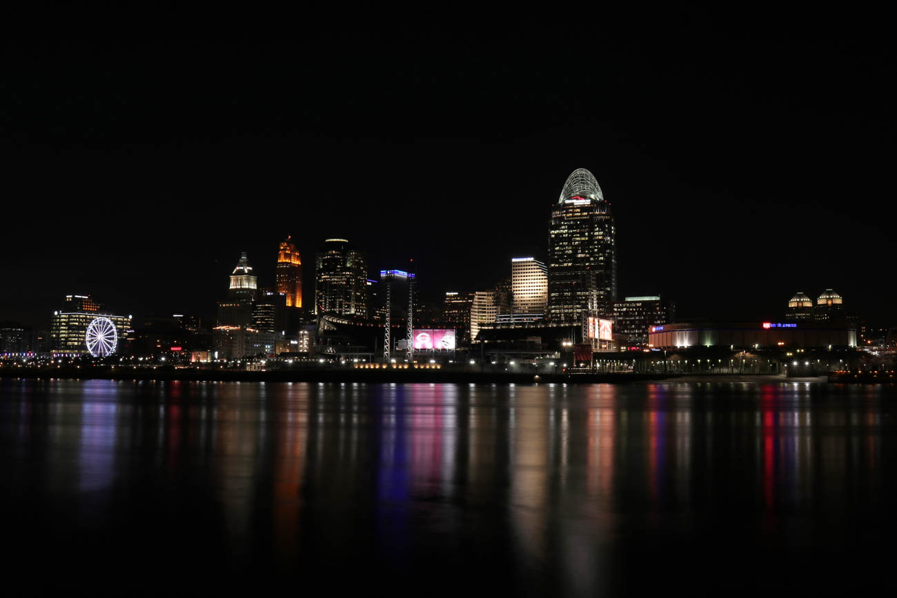 "Larry takes the majority of his cityscape pictures from along the river. He says, ""General James Taylor Park in Newport and Riverside Drive in Covington both offer excellent views of the Queen City skyline."" / Image: Larry Thomas // Published: 1.16.19"