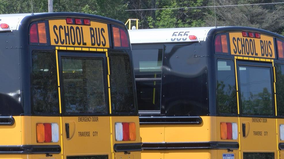 Northern Michigan Schools Looking For Bus Drivers Wpbn